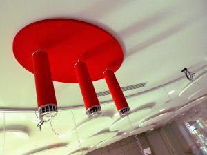 Panneaux acoustiques - Panneaux Ambiance design color posé au plafond par collage en forme d'ovale qui est une composante d'un luminaire acousitque