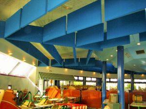 Baffles & objets acoustiques - Baffles & objets Baffle Absorber Plano posée au plafond par suspension