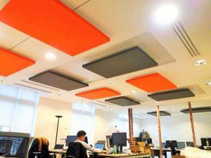 Capteurs & ilots acoustiques - Capteurs & ilots Capteur Acoustic Panel 2V color posé au plafond par suspension