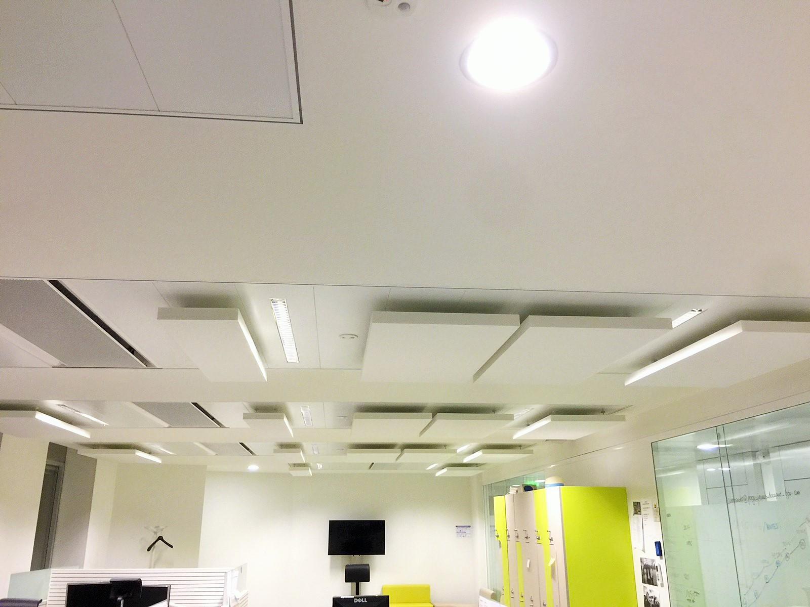 Capteurs & ilots acoustiques - Capteurs & ilots Capteur Acoustic Panel 2V posé au plafond par suspension