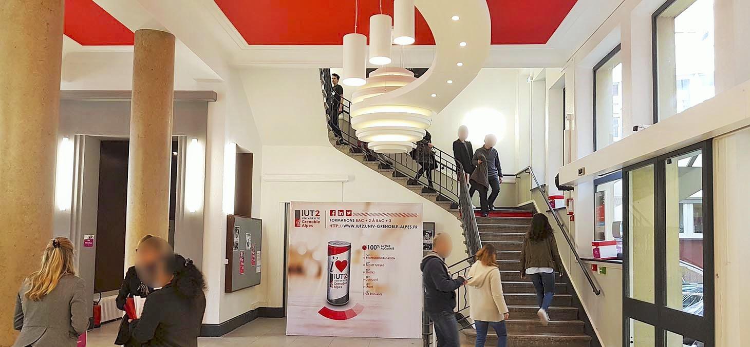 Design acoustique - Design Forme acoustique sur mesure - luminaire acoustique posé au plafond par collage et suspension
