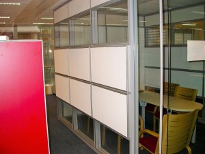 Panneaux acoustiques - Panneaux Acoustic Panel 2V classic posé au mur par collage
