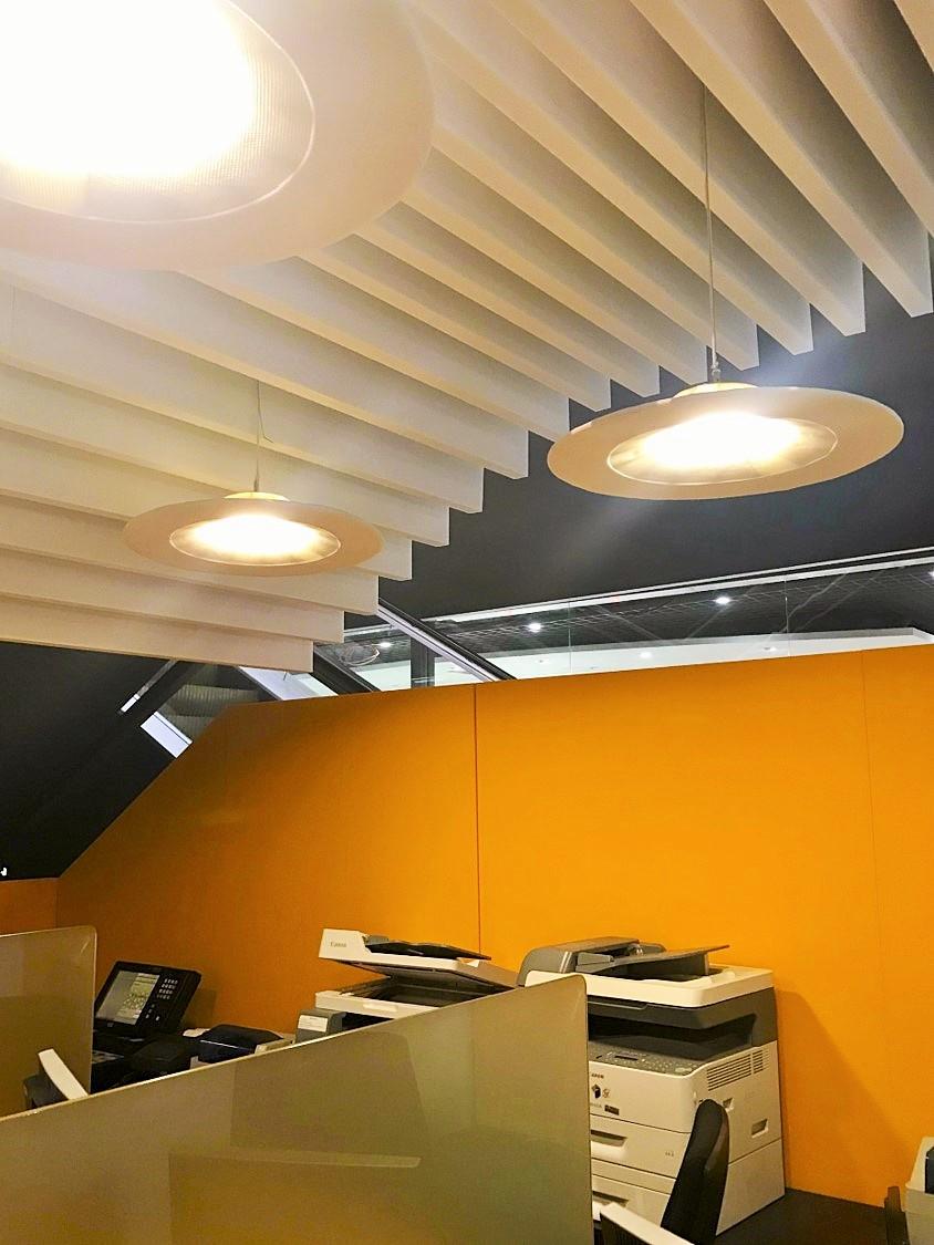 Design acoustique - Design Brise vue acoustique color sur piètement métal