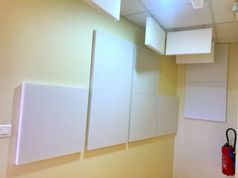 Panneaux acoustiques - Panneaux Absorber Polar classic posé au mur par collage et au plafond par suspension
