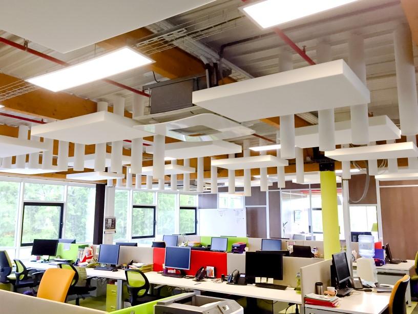Capteurs & ilots acoustiques - Capteurs & ilots Capteur Absorber Equilibre design posé au plafond par suspension