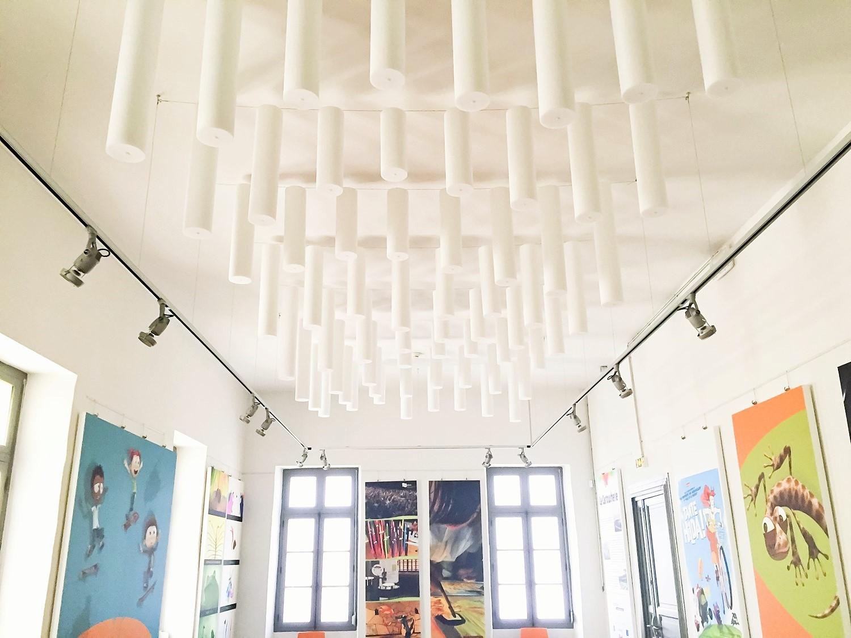 Baffles & objets acoustiques - Baffles & objets Baffle Absorber Polygone posée au plafond par suspension