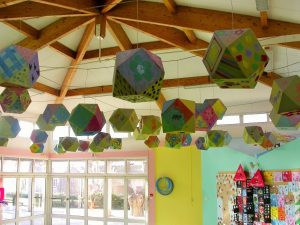 Baffles & objets acoustiques - Baffles & objets Baffle Absorber Ludique posée au plafond par suspension