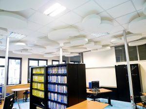 Capteurs & ilots acoustiques - Capteurs & ilots Capteur Absorber Equilibre design color posé au plafond par suspension